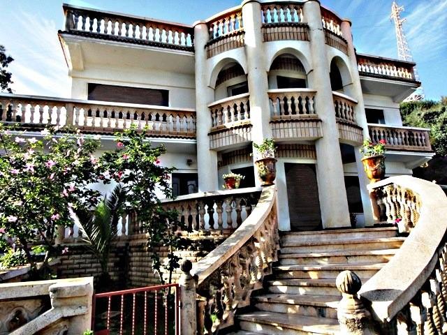 Vend belle et grande maison de maitre prêt de la mer à tichy ville